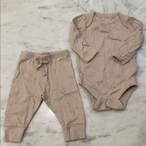 Baby GAP two piece set onesie and pants